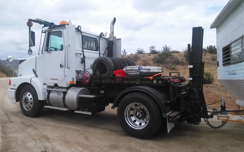 Mobile/Manufactured Home Tow Truck